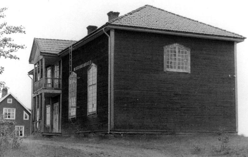 MISSIONSSKOLA i GARGNÄS.jpg