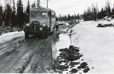 Postbuss 3.jpg